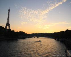 パリの作品展示会に参加 – フランスアートの旅